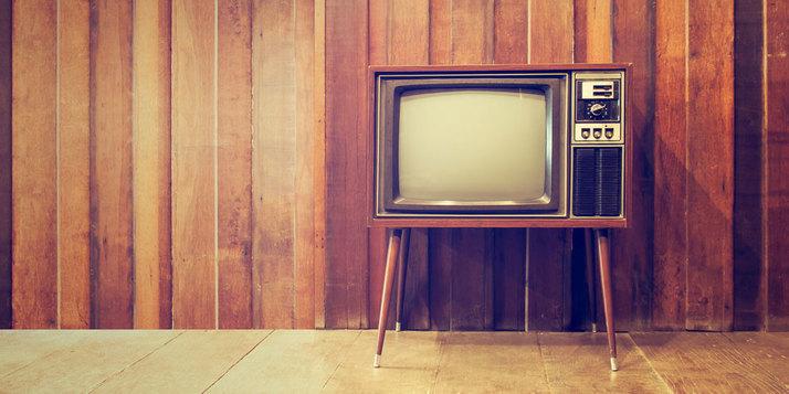 Sejarah Perkembangan Televisi dari TV Hitam Putih Hingga Smart TV